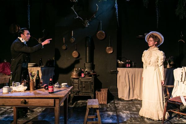 BUCKLAND CHARLIE DORFMAN AS JEAN AND LAURA GREENWOOD AS MISS JULIE