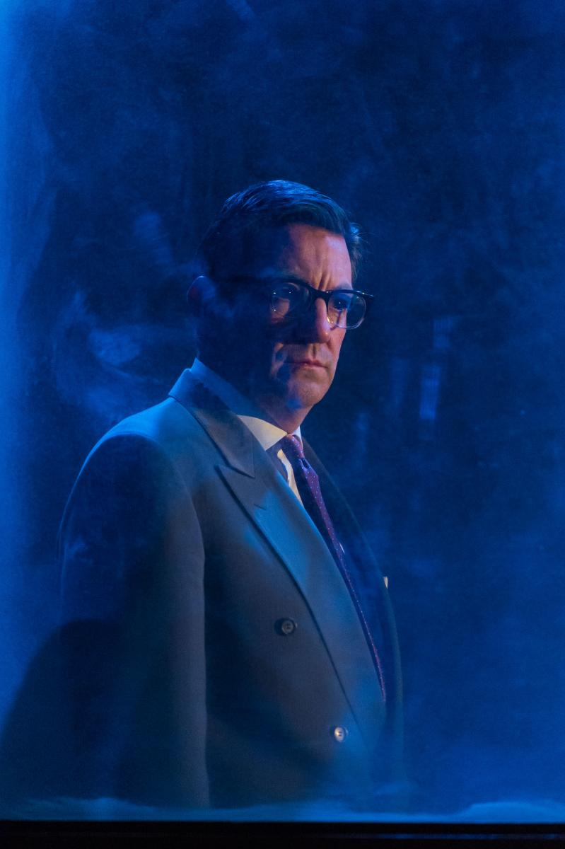 BWW REVIEW: What's Scarier than George Orwell's 1984? Politics in 2016.