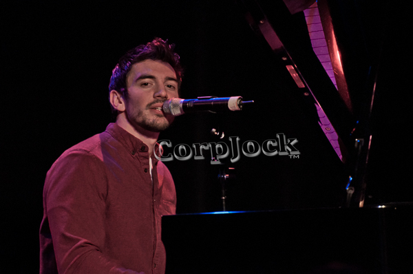 Steve Grand at the RRAZZ ROOM in Philadelphia, DTGramkee/CorpJock Photography
