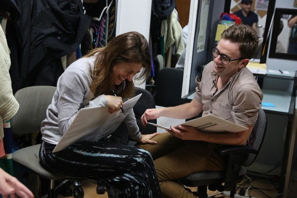 Nicole Parker & Tom Lenk take rehearsal very seriously.