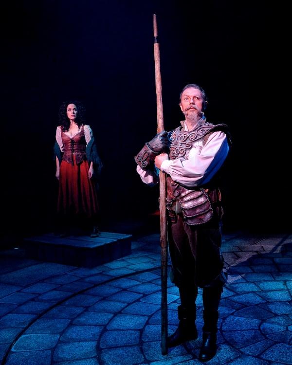 Paul Schoeffler as Don Quixote and Michelle Dawson as Aldonza (background)