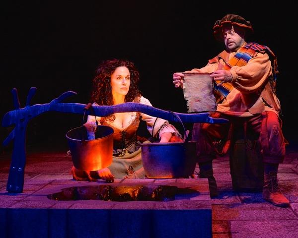 Michelle Dawson (Aldonza) and Gary Marachek (Sancho)  perform ''The Missive''