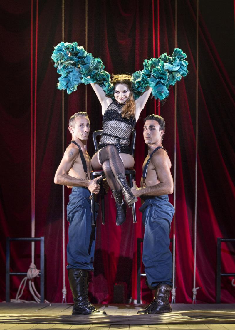 BWW Reviews: CABARET brilla al Teatro Nuovo di Verona
