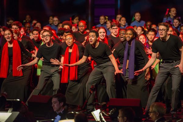 Photo Flash: BeBe Winans Joins Young People's Chorus of New York City's 2016 Gala