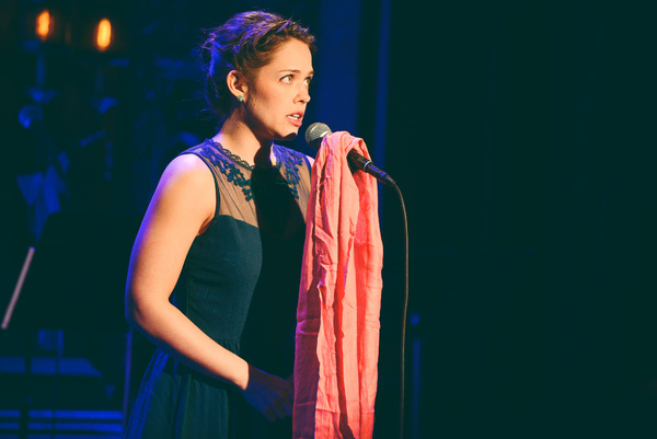 Laurie Veldheer sings 'Do You Wanna Build A Snowman/For The First Time In Forever'