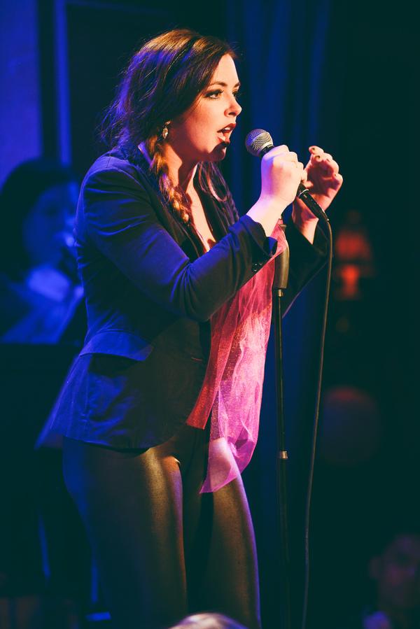 Desi Oakley sings 'Let It Go'