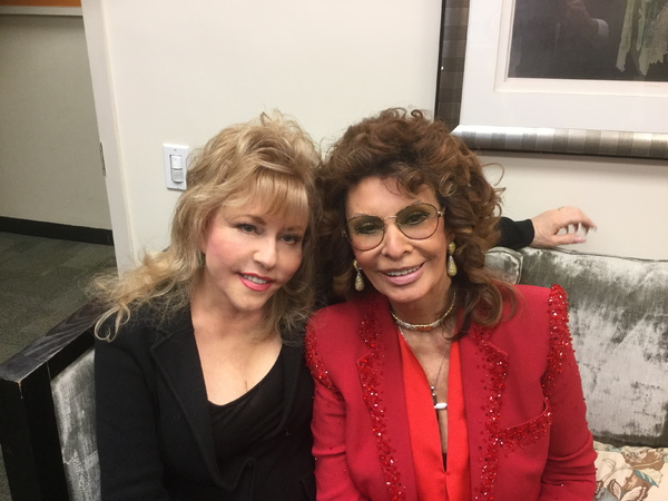 RITA McKENZIE, SOPHIA LOREN Photo