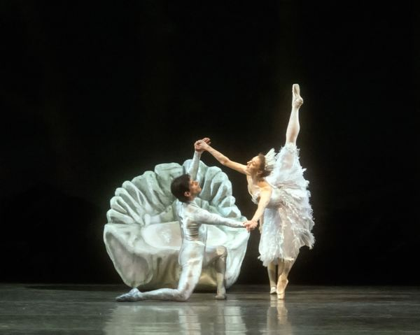 Photo Flash: MCB's A MIDSUMMER NIGHT'S DREAM Features Michele Oka Doner's Ocean-Inspired Costumes