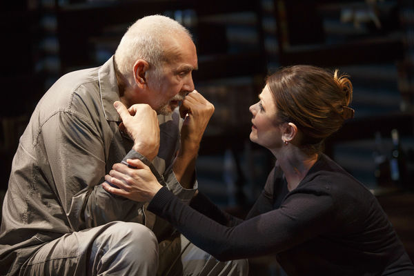 Photo Flash: First Look at Frank Langella and More in MTC's THE FATHER