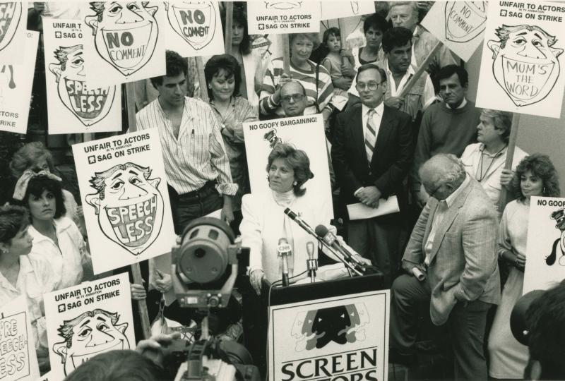 Patty Duke dies; actress won Oscar at age 16