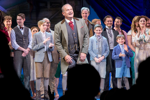 Kelsey Grammer and the cast of FINDING NEVERLAND