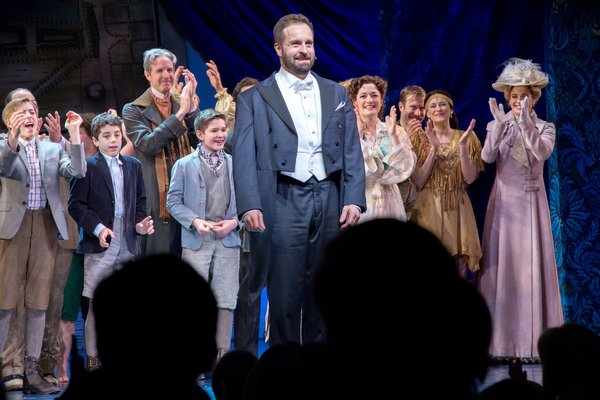 Alfie Boe and the cast of FINDING NEVERLAND