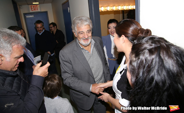 Placido Domingo visits cast