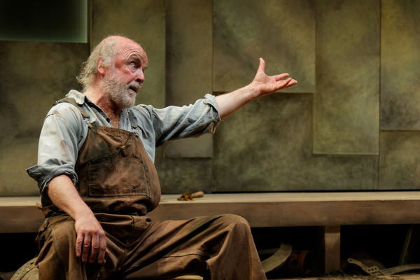 Photos: First Look at Geva Theatre's A MOON FOR THE MISBEGOTTEN