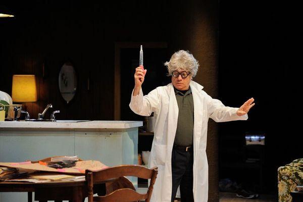 Stephen Berenson as Bob