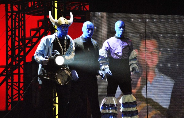 BLUE MAN GROUP Kicks Off First-Ever World Tour in Singapore.
