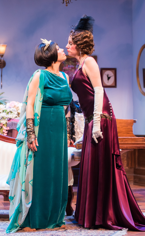 Photo Flash: First Look at Milwaukee Chamber Theatre's FALLEN ANGELS