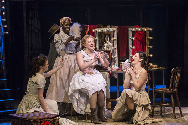 Photos: First Look at Chris Peluso, Gina Beck and More in UK's SHOW BOAT