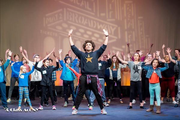 Andrew Chappelle teaching iconic HAMILTON choreography