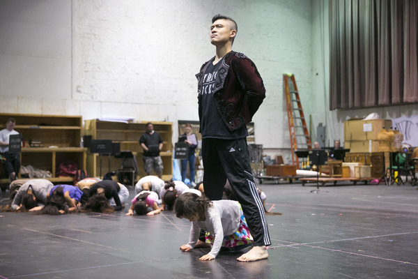 Photo Flash: In Rehearsal with Kate Baldwin, Paolo Montalban and More for THE KING AND I at the Lyric