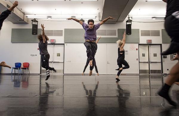 Photos: Sergio Trujillo Visits Rehearsal for R.Evolucion Latina's BOUTIFUL