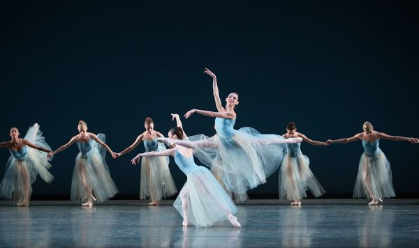 Nathalia Arja and Miami City Ballet dancers in SERENADE. Choreography by George Balanchine, Copyright The George Balanchine Trust.