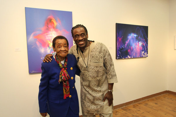Photos: Grammy Winner Will Calhoun Performs at Opening Reception for Solo Exhibit at Casita Maria Gallery