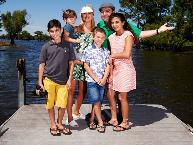 Food Network Premieres BUDDY'S FAMILY VACATION Today
