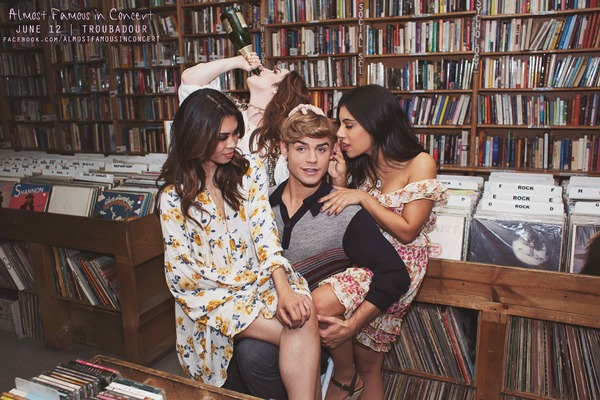 Garrett Clayton, Ashley Argota, Emma Hunton, Chrissie Fit
