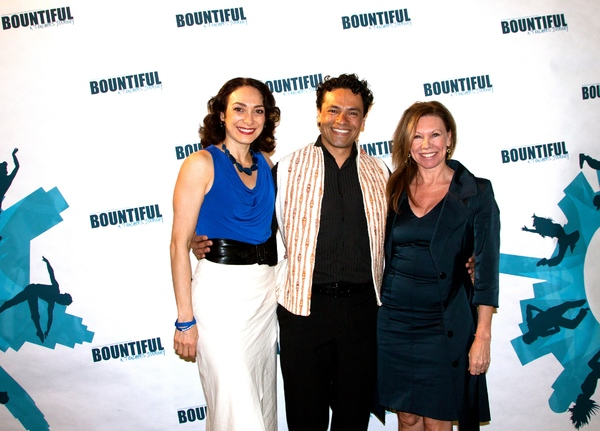 Gabriela Garcia, Daniel Fetecua and Amanda Turner Photo