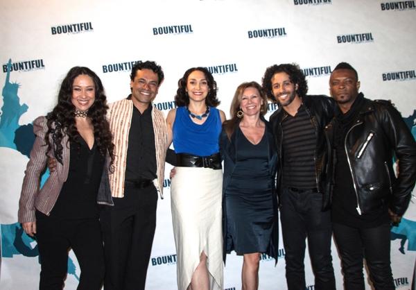 Valeria Cossu, Daniel Fetecua, Gabriela garcia, Amanda Turner, Luis Salgado and Ricke Photo