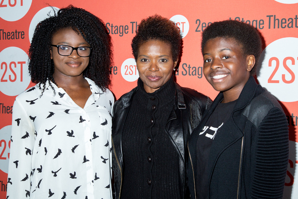 LaChanze and her daughters