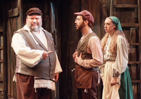 Bww Review Spectacular Fiddler On The Roof Shines Its Way