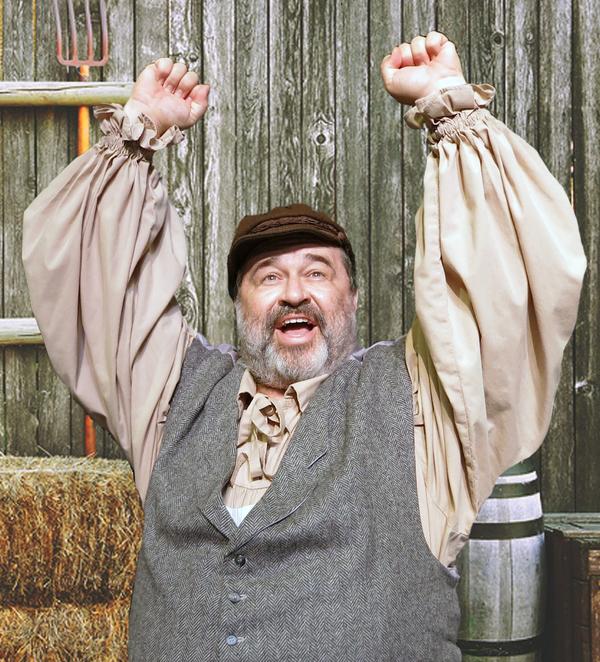 John Massey (Tevye)
