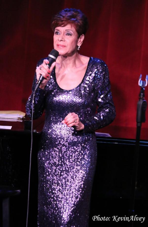 Iris Williams Photo