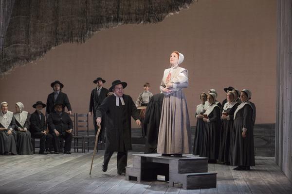 Kyle Erdos Knapp and Laura Claycomb and Opera Colorado Chorus Photo