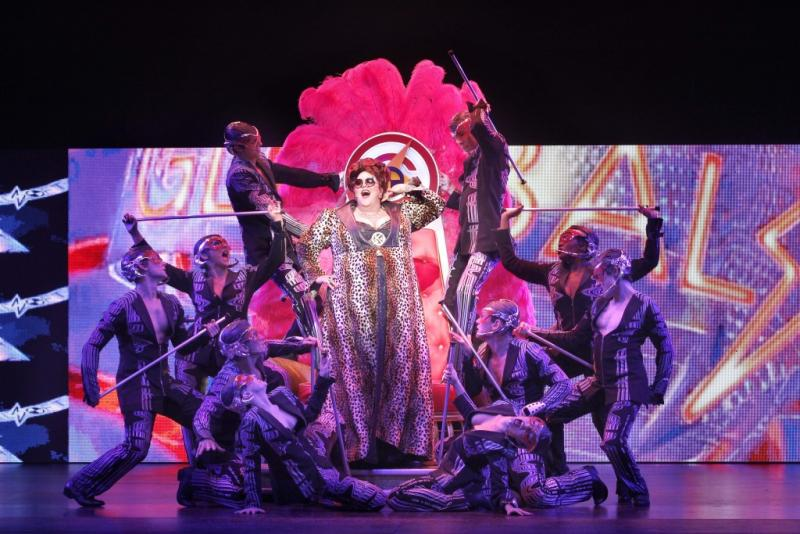 Bww Review We Will Rock You Part Rock Concert Part