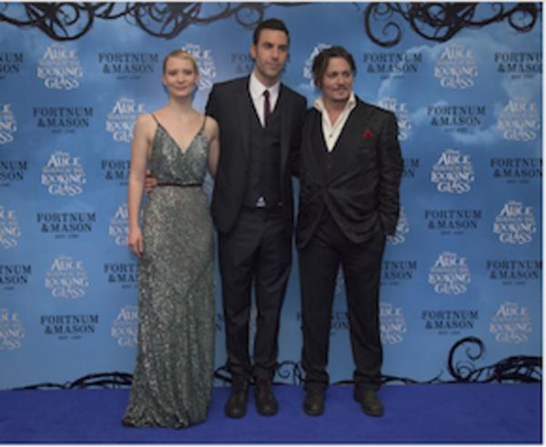 Mia Wasikowska, Sacha Baron Cohen, Johnny Depp Photo