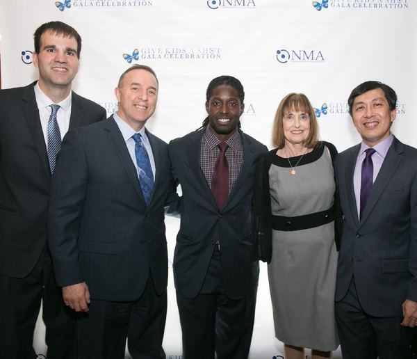 Carl Buher, Michael Laforgia, Deion Branch, Lynn Bozof and Paul Lee, MD Photo