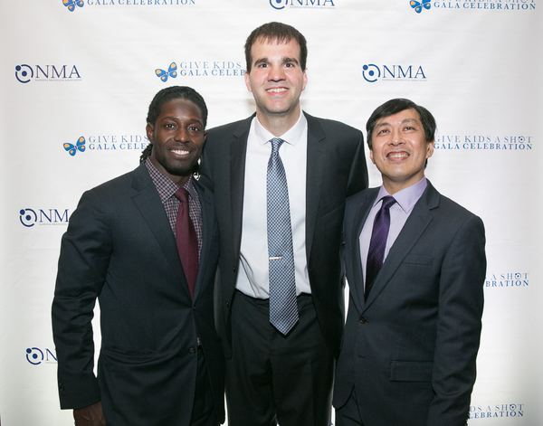 Deion Branch, Carl Buher and Paul Lee, MD Photo