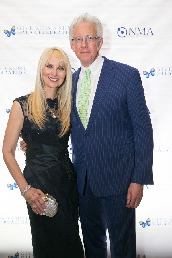 Photo Flash: NMA's 'Give Kids a Shot' Gala Honors Super Bowl MVP Deion Branch