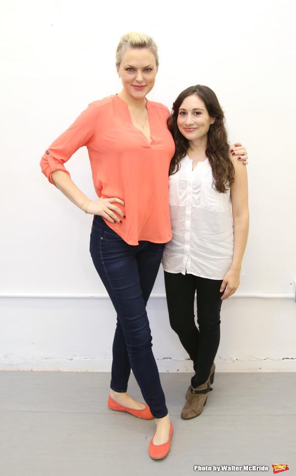 Elaine Hendrix and Lucy DeVito
