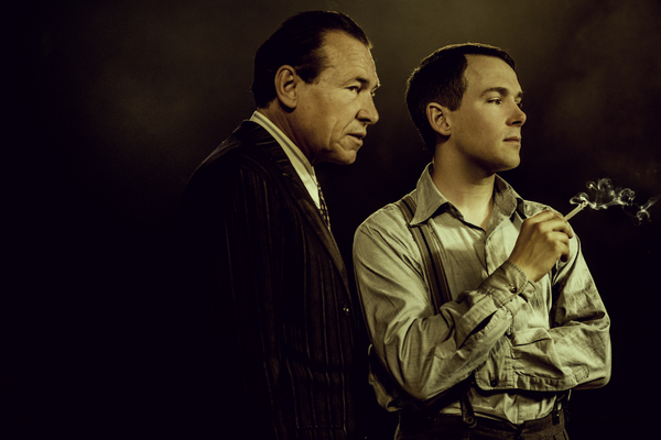 Simon Dutton and Paul Keating  Photo