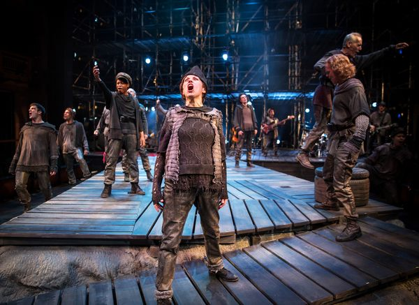 Photo Flash: First Look at TUG OF WAR at Chicago Shakespeare Theater