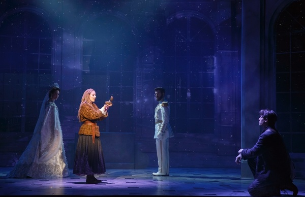 Lauren Blackman, Christy Altomare, Constantine Germanacos and Derek Klena