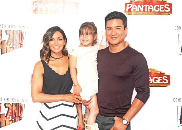 Mario Lopez, wife Courtney, daughter Gia
