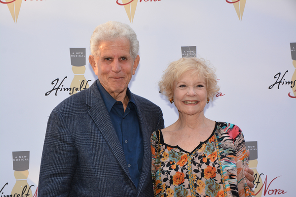 Tony Roberts and Penny Fuller