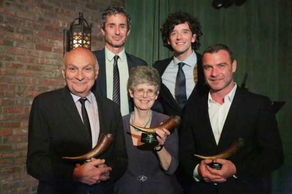top row: Hosts Marc Vietor & Michael Urie Bottom: Honorees Michael Kahn, Martha Tuck Rozett of The Michael Tuch Foundation, Liev Schreiber