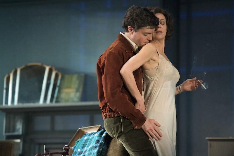 Helen McCrory-starring THE DEEP BLUE SEA To Be Broadcast In Cinemas on 1 September