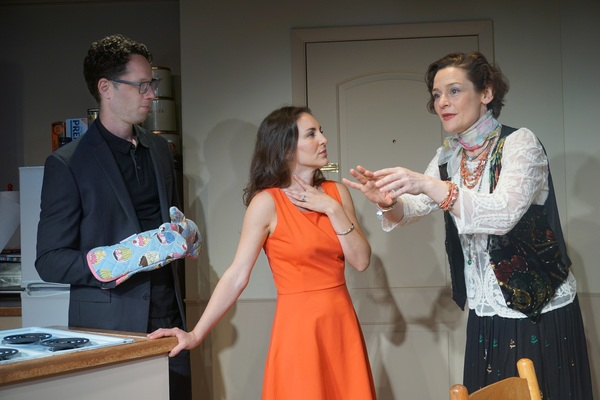 Photo Flash: First Look at NJ Rep's STRUCK